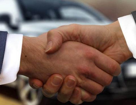Gebrauchtes Fahrzeug Privatperson gekauft- Rechtsanwalt Sascha Flatz Wien